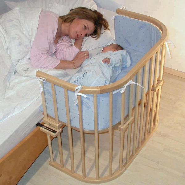 Lit de chevet pour b b - Comment orienter le lit de bebe ...