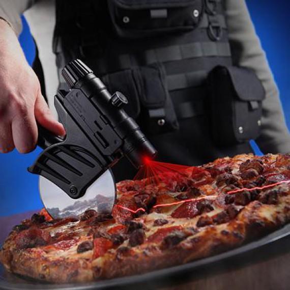 La roulette à pizza avec laser