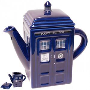 Théière Docteur Who vaisseau TARDIS