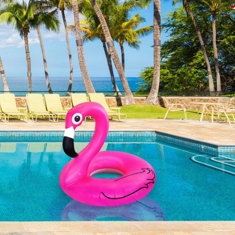 Bou e gonflable flamant rose commentseruiner for Grosse piscine gonflable
