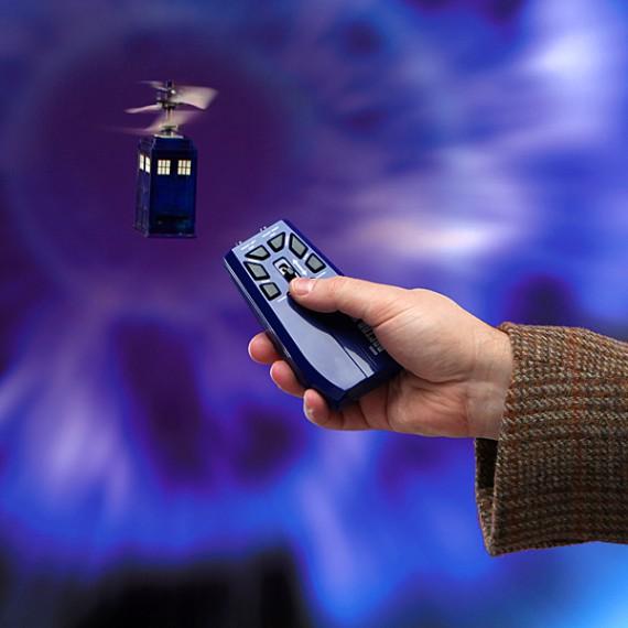 Tardis volant télécommandé Doctor Who
