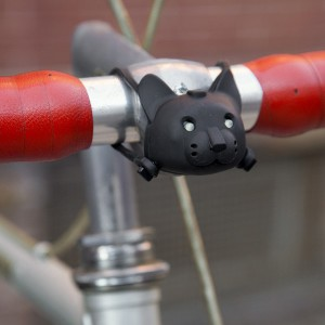 Lampe vélo chat qui parle