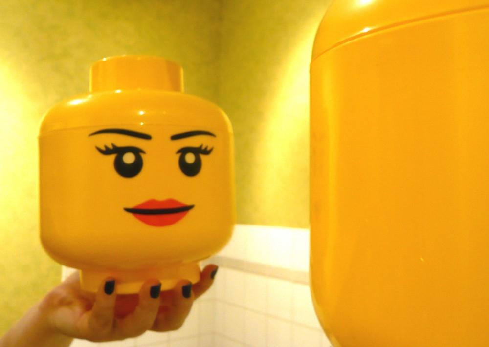 Bo te de rangement petite t te fille lego - Tete de rangement lego ...