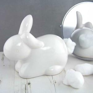 Le lapin distributeur de coton