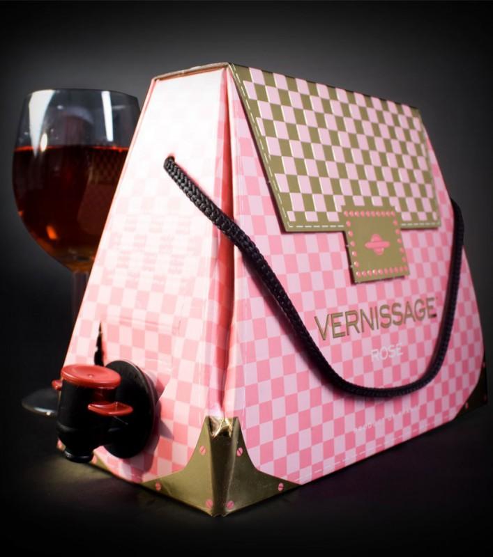 Connu à main cubi de vin LO87