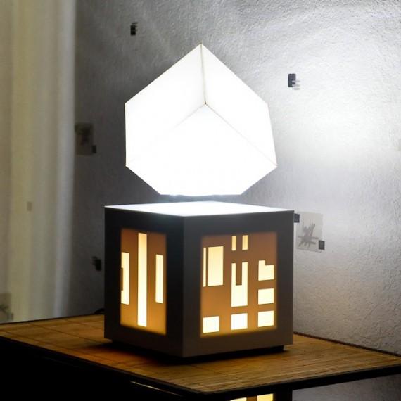 Lampe avec enceinte bluetooth intégrée SoundKub Blanche