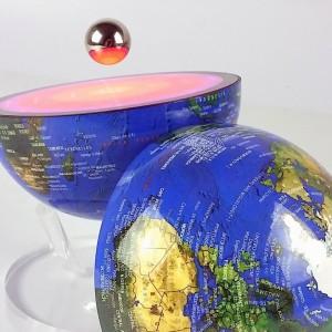 CoreGlobe, le Premier Globe Lumineux Electromagnétique 2 en 1