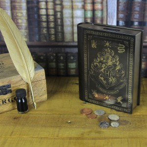 Tirelire Harry Potter - Grimoire de Poudlard
