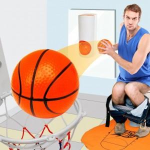 Panier et terrain de basket pour toilettes