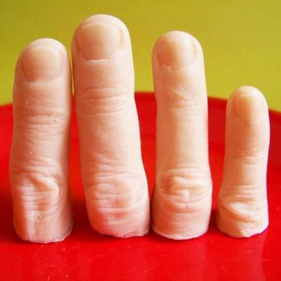 matos faux doigts tr s r alistes en savon les tag res magiques virtual magie l. Black Bedroom Furniture Sets. Home Design Ideas